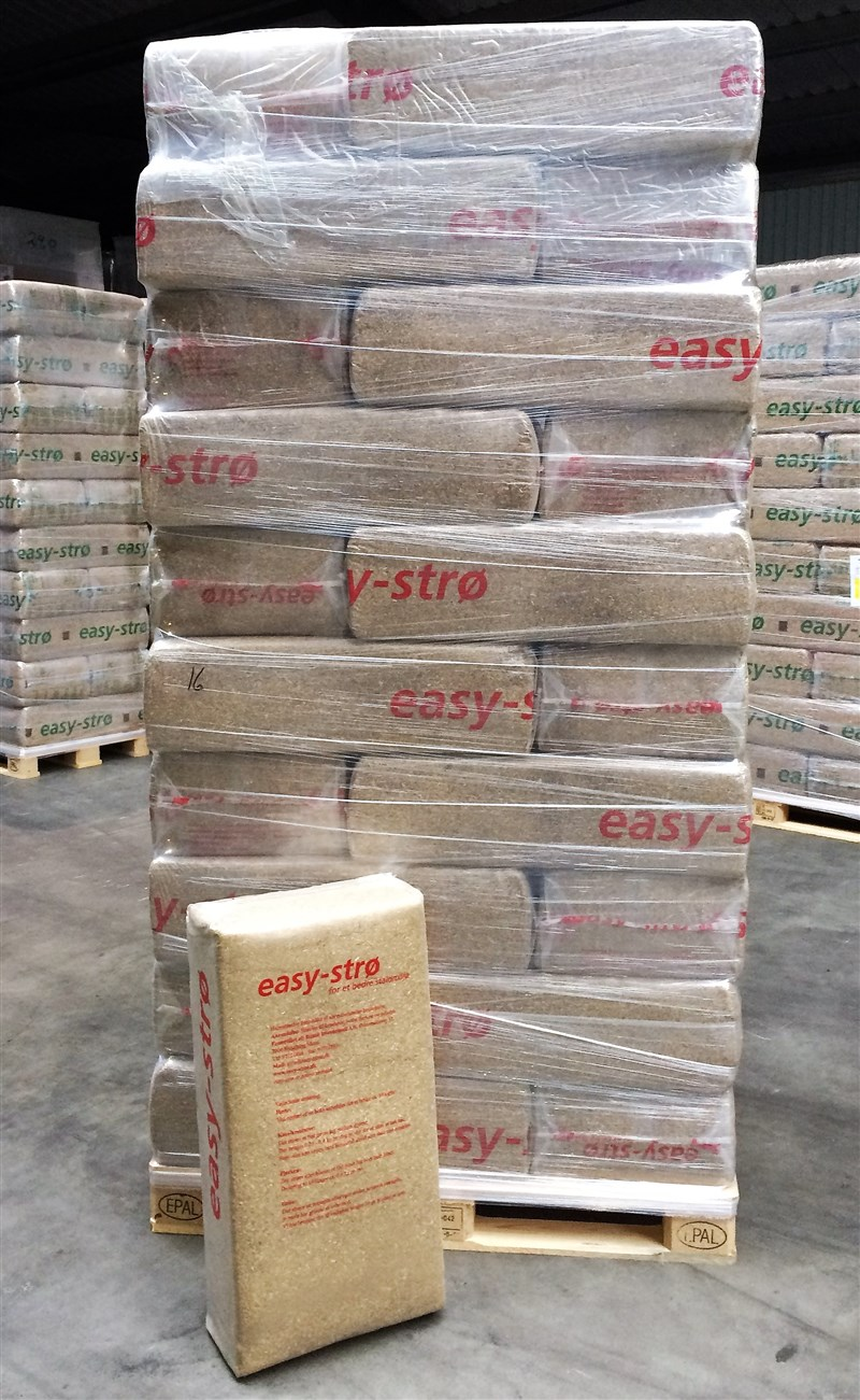 easy-strø+ pallet with 30 bales